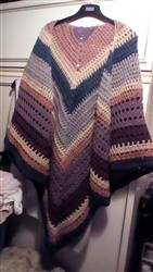 Janet G. verified customer review of Autumn Storm Wrap - Deramores Vintage Chunky - Yarn and Pattern