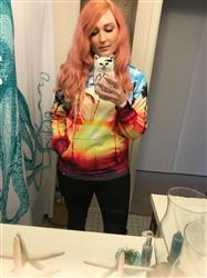 Alison B. verified customer review of Coastal Dreams Pullover Hoodie