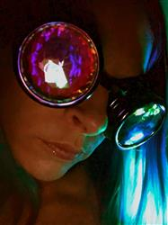 Circlet H. verified customer review of Rainbow Vision Kaleidoscope Goggles