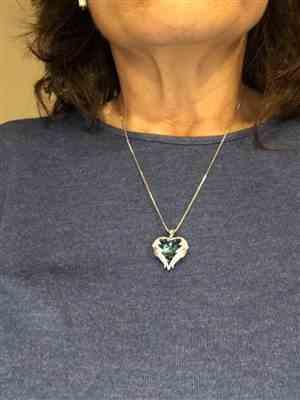 Pamela G. verified customer review of Swarovski Angel Heart Pendant