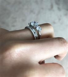 Savannah H verified customer review of Half Eternity Band