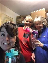 Lori M. verified customer review of 32 Oz Flip Top Fruit Infuser Water Bottle