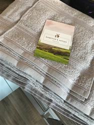 Tiana K. verified customer review of Hampton and Astley 100% Egyptian Cotton 7 Piece Luxury Bath Towel Set, Subtle Grey