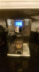 JR verified customer review of Refurbished Saeco Incanto Carafe Fully Automatic Espresso Machine HD8917/47