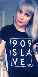 TRACY P. verified customer review of 909 Slave T-Shirt / Black