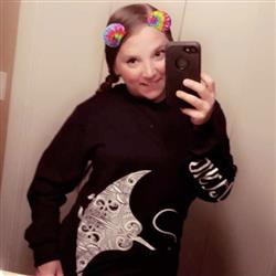 Hannah F. verified customer review of Manta Ray Navy Long Sleeve