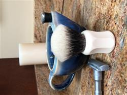 Gerry S. verified customer review of H.L. Thater 4125 Series 2-Band Fan-Shaped Silvertip Shaving Brush with Faux Ivory Handle, Size 2