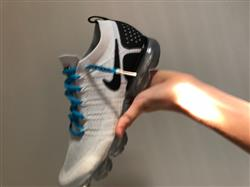 Matt C. verified customer review of BLUE-WHITE DIPPED SHOELACES