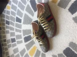 Shelly A. verified customer review of Gold Leather Shoelaces