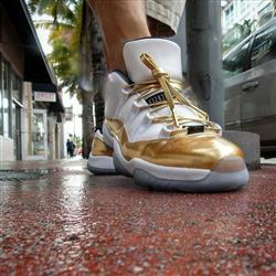 Robert G. verified customer review of Gold Leather Shoelaces
