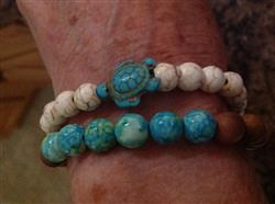Anonymous verified customer review of Stone Bead Sea Turtle Bracelet