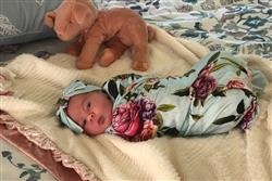 Karma H. verified customer review of Country Rose Swaddle Set