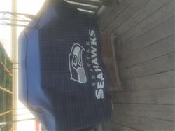 Vincent A. verified customer review of Seattle Seahawks Grill Cover Deluxe