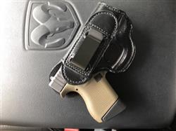 Damon J. verified customer review of Tuckable Leather Holster
