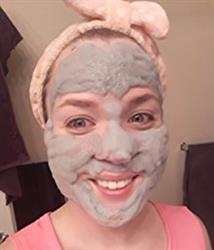 Shyla verified customer review of Carbonated Bubble Clay Mask
