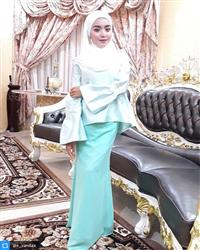 Eva Natasha verified customer review of Zehna Dull Satin Curved Shawl