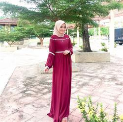 Syifa Izzurin verified customer review of Display of Luxe Dress