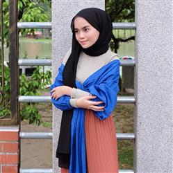 Anis Syafira verified customer review of Have it Your Sway Top