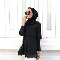 Abby Asma verified customer review of Flair In Layers Top