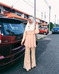 Iffah Fakhira verified customer review of Flair In Layers Top