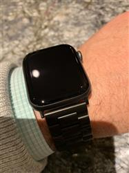 Thomas D. verified customer review of Stainless Steel Apple Watch Bands