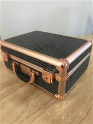 Chantelle verified customer review of Valise Makeup Station