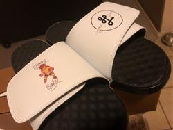lisa v. verified customer review of Your Customized ISlide Sandal~11