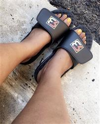 Anonymous verified customer review of Your Customized ISlide Sandal~14