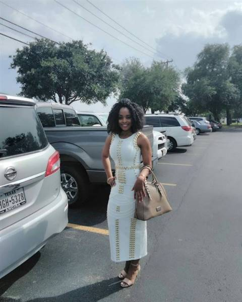 CHIZZY verified customer review of Anna Bandage Maxi Dress