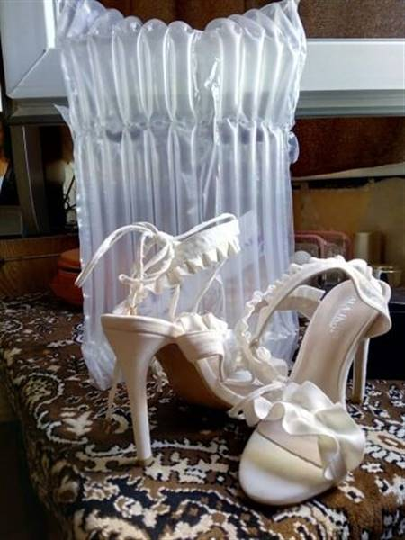 S***i verified customer review of Bailey Ruffled Lace Up High Heel Sandal