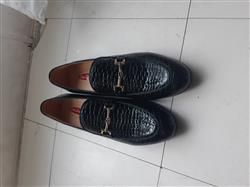 Matondo J. verified customer review of Glossy Croco Pattern Embossed Men Patent Leather Loafer Shoes