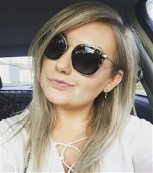 Christie C. verified customer review of ZOEY - GREY FADE + GREY GRADIENT + POLARIZED