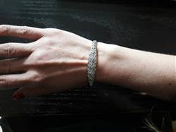 Lucr�ce Mattei verified customer review of Deco Motif Crystal Bangle