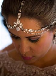 Lybeth Rosario verified customer review of Jules Tiered Swarovski Crystal Headpiece