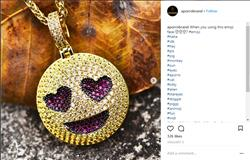 verified customer review of 14K Gold Iced Grinning Face with Heart Eyes Emoji