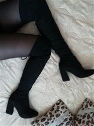 Dorothy Maglione verified customer review of Lace Up Over The Knee Boots