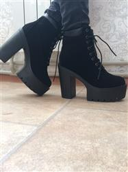 Palmira Capon verified customer review of Lace Up Platform Ankle Boots