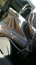 Debra Henderson verified customer review of High Capacity Stylish Handbag