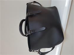 Nichole Robinson verified customer review of Casual Leather Hobo Bag