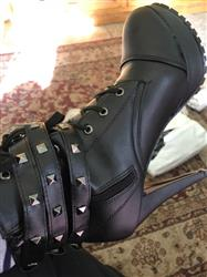 Mary Kirk verified customer review of Double Buckle Gothic Boots