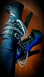 Margy Ashton verified customer review of Zip Metal Chains Gothic Boots