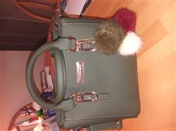 Cathy Parron verified customer review of Leather Purse With Pompoms Keychain