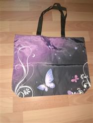 Juana Penton verified customer review of Foldable Purple Butterfly Tote Bag