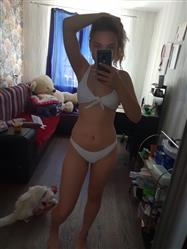 Valeriya Gavrilova verified customer review of Elizabeth™ - Knotted Padded Thong Bikini Swimsuits