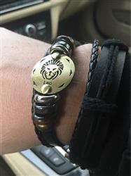Lucas Barbosa Rodrigues verified customer review of 12 Zodiac Signs Leather Bracelet