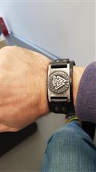 Vincent Robin verified customer review of Leather Viking Vegvisir Arm Cuff