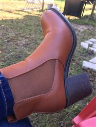 Aviva B. verified customer review of vegan leather chelsea boots - camel