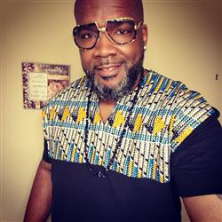 Jahrod J. verified customer review of Dayo Men's African Print T-Shirt (Blue & Orange Triangles/Black)
