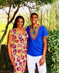 Leslie H. verified customer review of Men's African Print Dashiki T-Shirt (Blue)