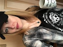 marina K. verified customer review of « COFFEE SKELETON » WOMEN'S SLOUCHY OR UNISEX TEE